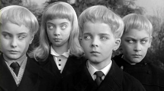 Дэвид Зеллаби (Мартин Стивенс) в фильме Деревня проклятых (Village of the Damned, 1960)