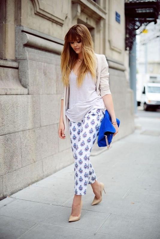 Как носить брюки с принтами