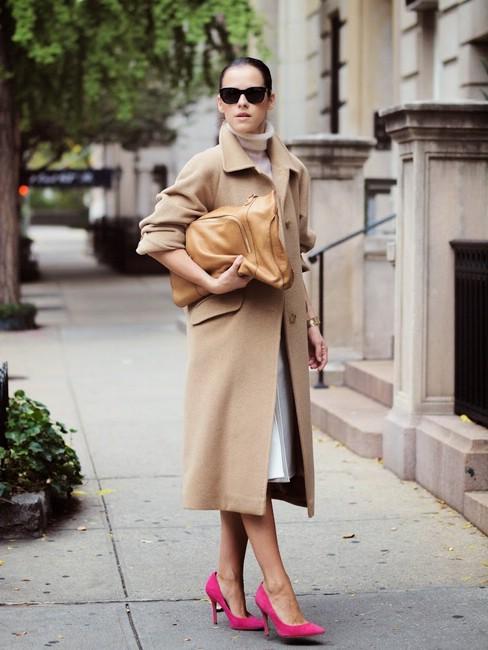Как носить нейтральные цвета