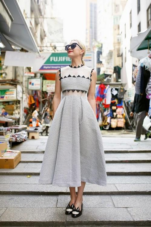 Как носить одежду с геометрическим принтом