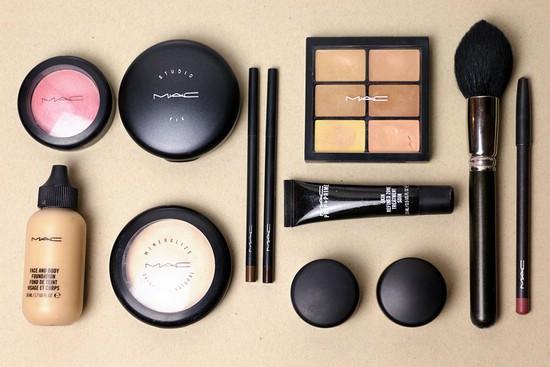 Профессиональная косметика для макияжа MAC