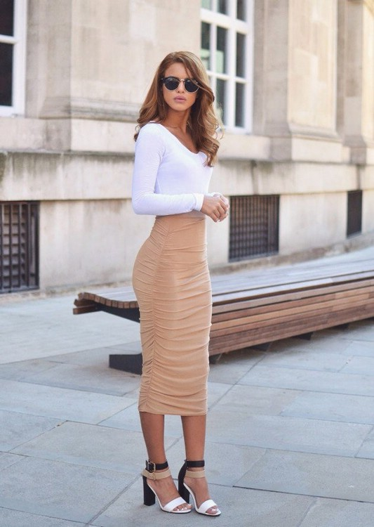 С чем носить длинную юбку карандаш
